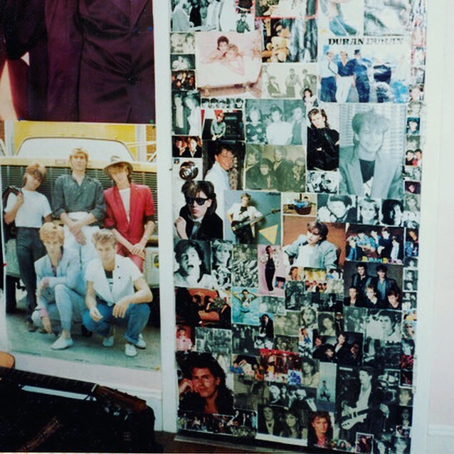 Who knew it was national Duran Duran appreciation day? Of course We must celebrate! This was my bedroom door growing up. Not an ounce of free space. Can't wait to tell you more about it on August 17 at @thetanknyc in New York! Tix at link in bio. @duranduran @samshaber  #rockstars #onewomanshow #originalmusic #tinsel #celebration