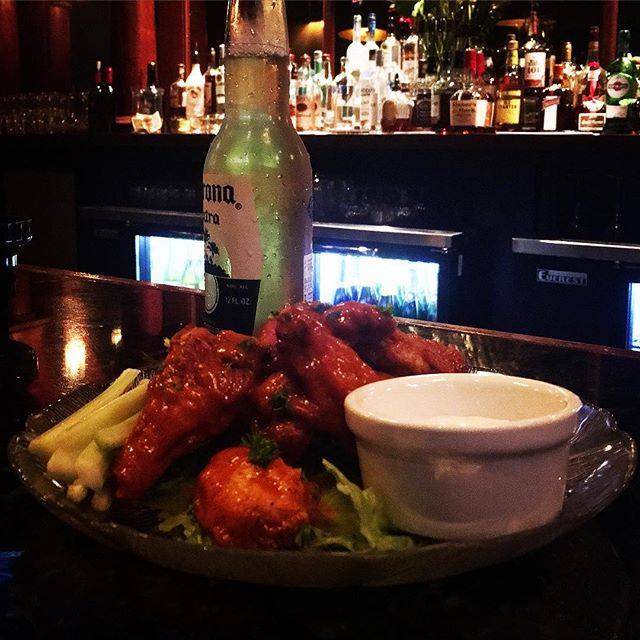 🔥🍗 #Route51 Wings 🍺 #corona #beer  Just in.  #redhots #mallard #lounge #smallplates