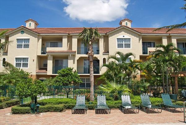 Coral Springs, FL  TURTLE RUN APARTMENTS