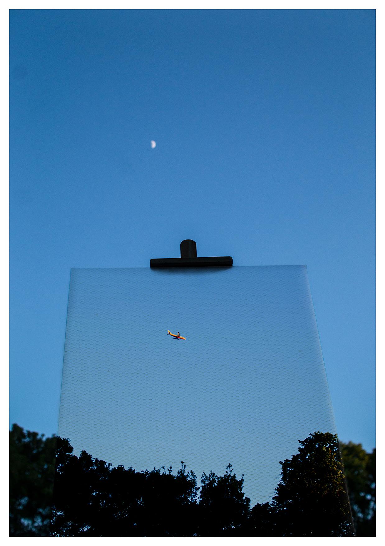 sky_plane_A2_fin_small.jpg