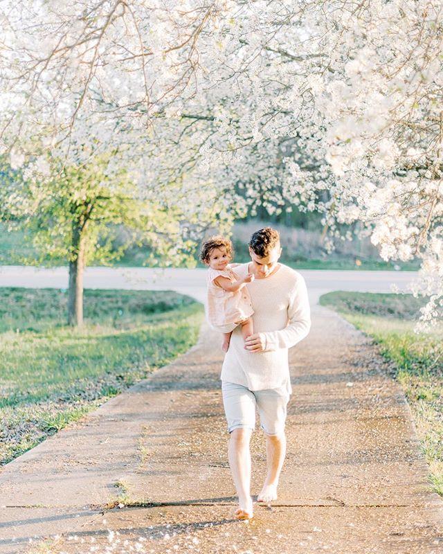 These two 😍 I'm not okay in the very best way 😭🥰♥️ #aftonmercylynn #loveyourordinary #charlotteweddingphotographer #charlottefamilyphotographer #motherhood