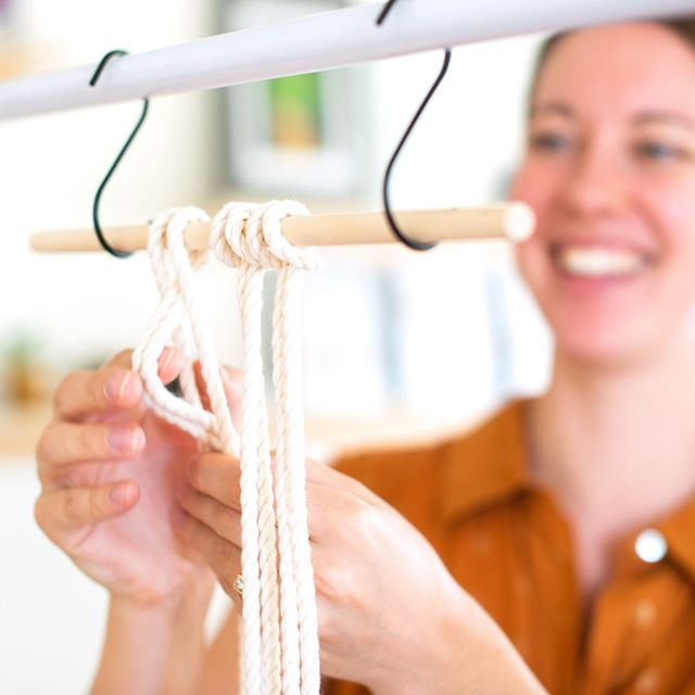 I've been re-working my website and added a macrame resource page! It answers a few of the common questions I'm asked and offers a free knot tying guide 🤗 Did you know the way I'm attaching these cords is technically a knot? 〰️ Macrame is such a great DIY craft since once you learn the foundation knots, you'll notice a majority of the macrame pieces are created with knots you know! 〰️ Do any of you macra-makers have a favorite knot? ❤️ . . . 📸: @jillmcnamaraphotography #macramewithmpn #crafttime #craftersgonnacraft #macramake #makersmovement #creativepreneur #creativelife #handmadehome #macramewallhanging #wallhanging #dstexture #abmcrafty #plantsandmacrame #knotandrope  #jungalowstyle #fiberart #bohemianhome #macrameart #modernmaker