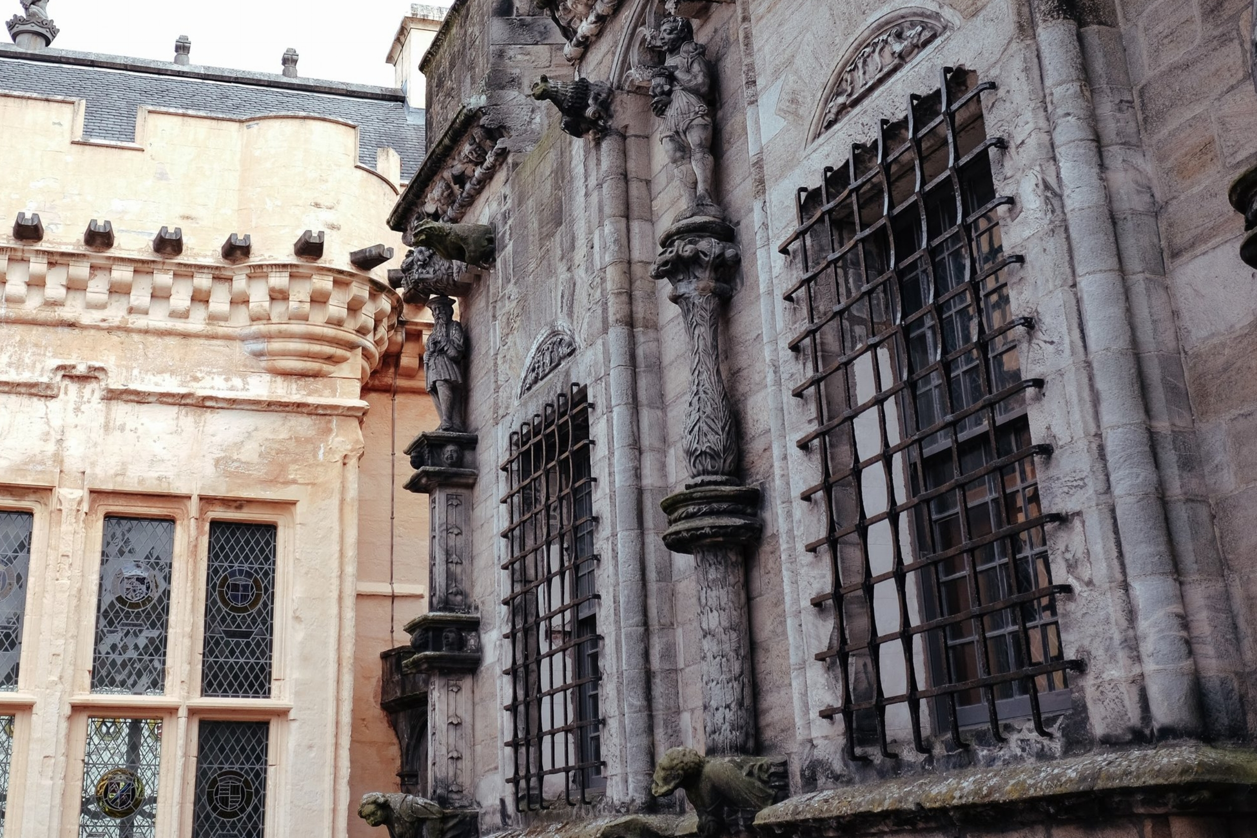 Day 3 Stirlingto Fort William - Stirling Bridge > Wallace Monument> Stirling Castle > Luss Village
