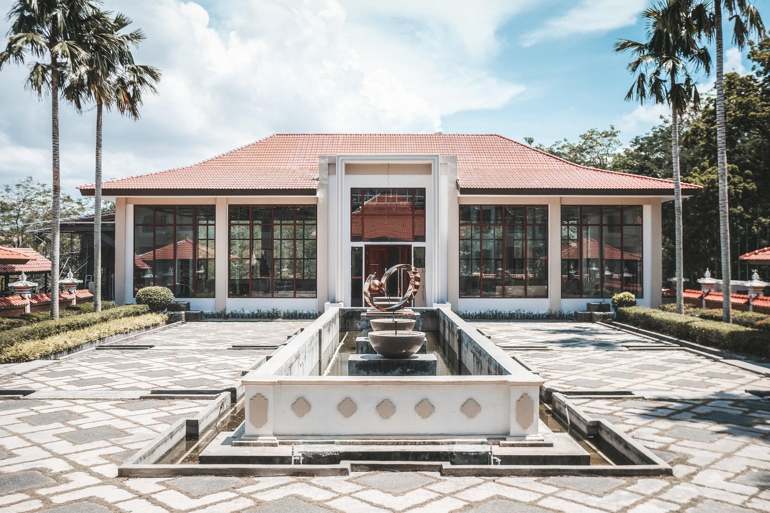 sijori-resort-lobby-2