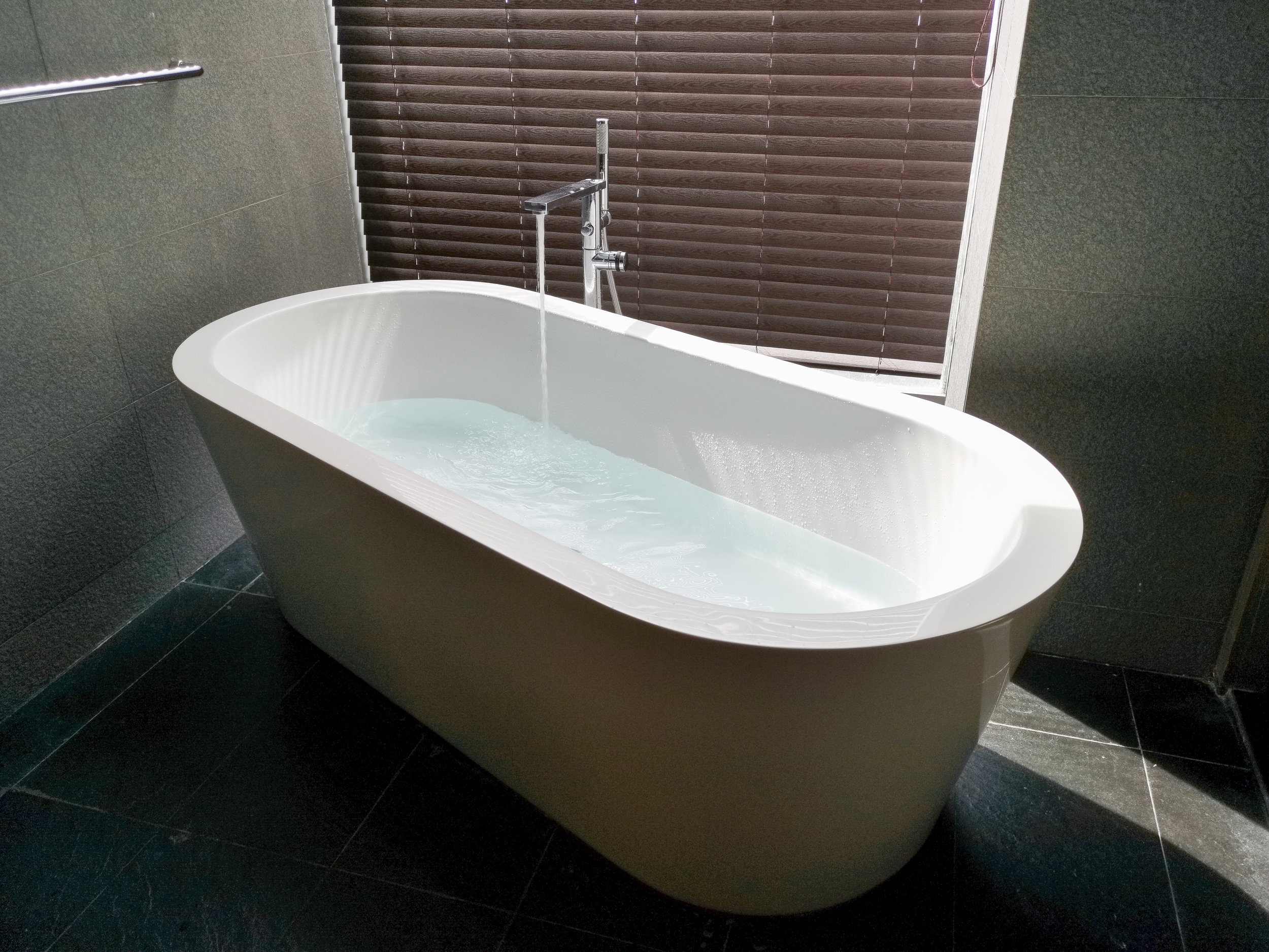 The awesome tub!