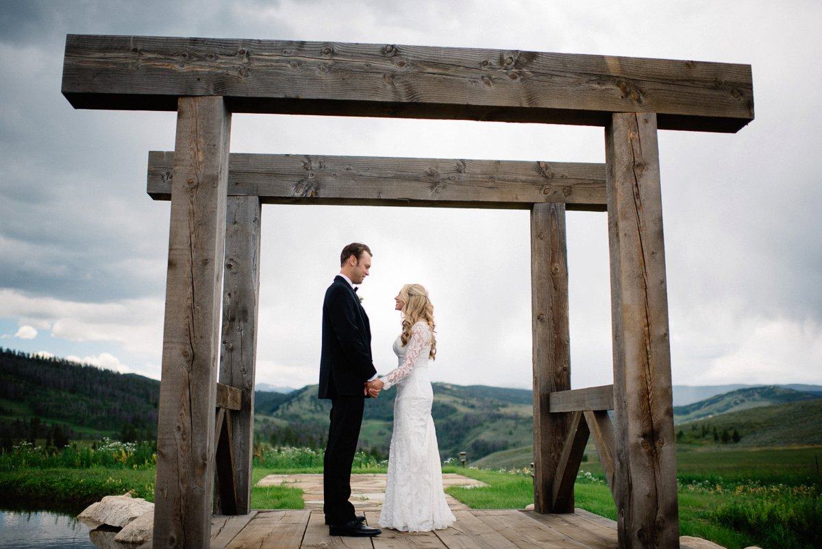 first look destination wedding photographer at strawberry creek ranch in granby colorado