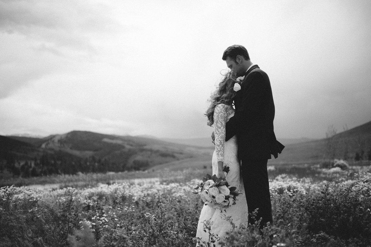 couple destination wedding photography at strawberry creek ranch in granby colorado