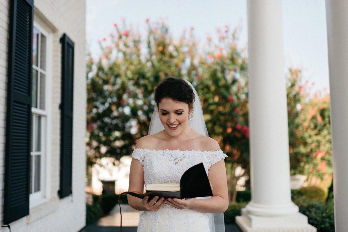 010_colonels_quarters_oxford_mississippi_wedding_photogrpher