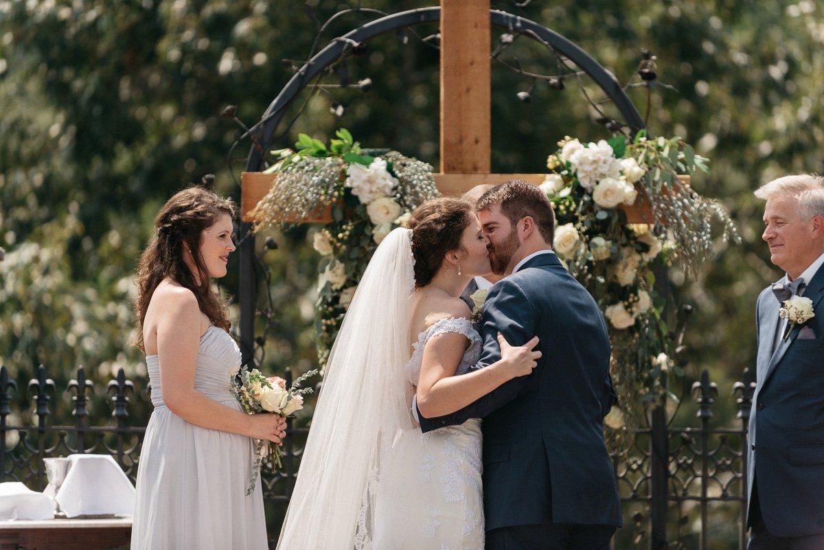 044_colonels_quarters_oxford_mississippi_wedding_photogrpher