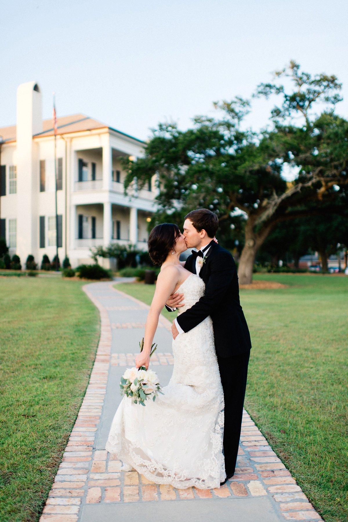 bridal photography at biloxi visitor center by biloxi mississippi wedding photographer