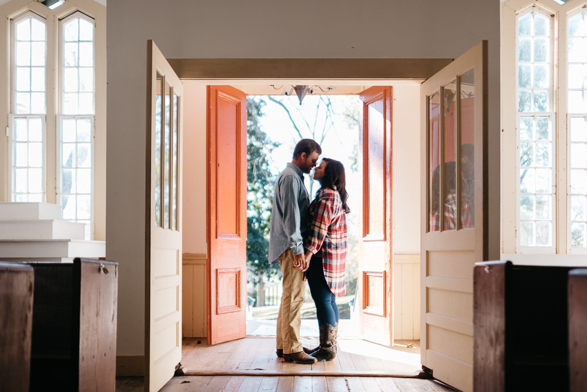 Engagement photography at Grand Gulf Military Park near Natchez, Mississippi