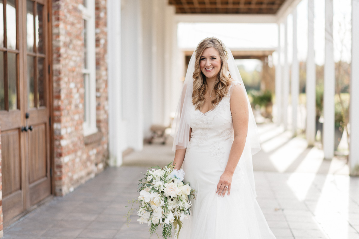 bridal photography at the mill at plein air in taylor mississippi