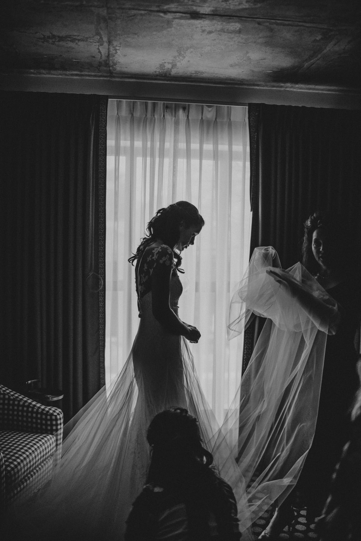 Wedding day preparation at the graduate hotel