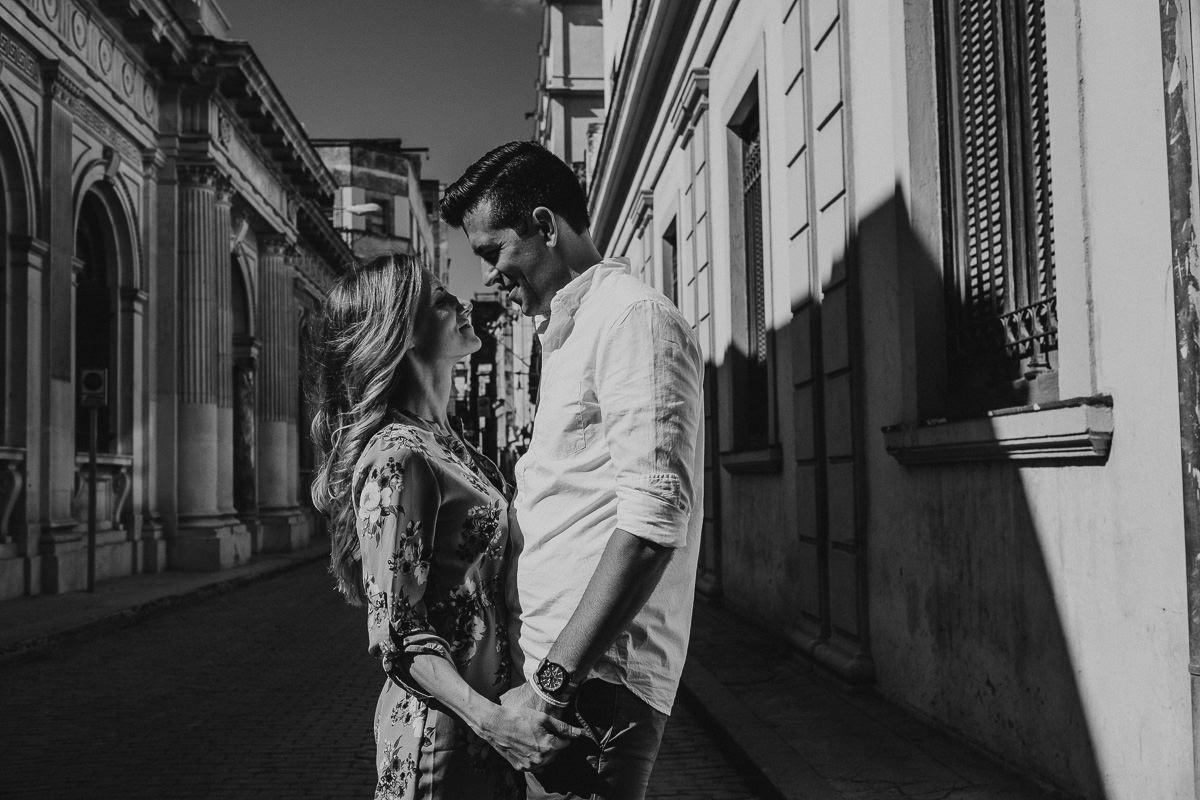 Havana_Cuba_Engagement_Photography_06.jpg