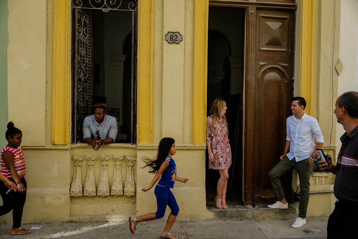 couple session in old havana, cuba by destination wedding photographer danny k photography