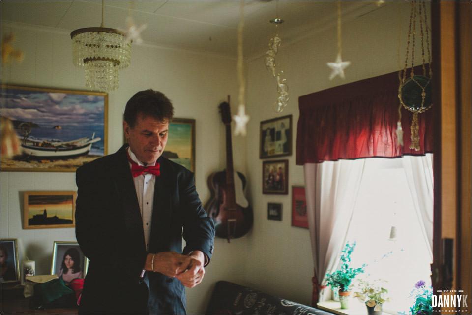 037_Grimsey_Iceland_Destination_Wedding_Photography.jpg