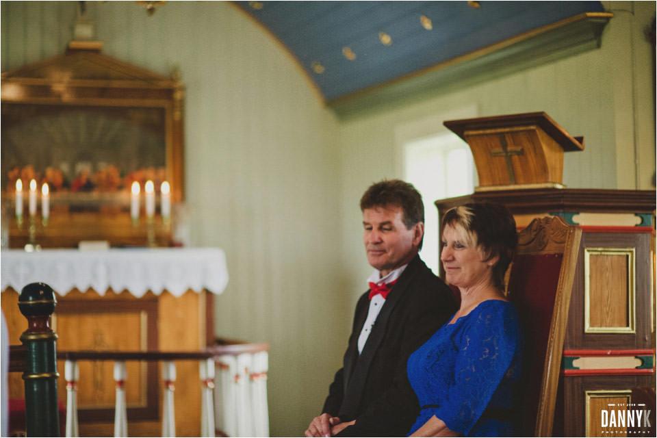 050_Grimsey_Iceland_Destination_Wedding_Photography.jpg