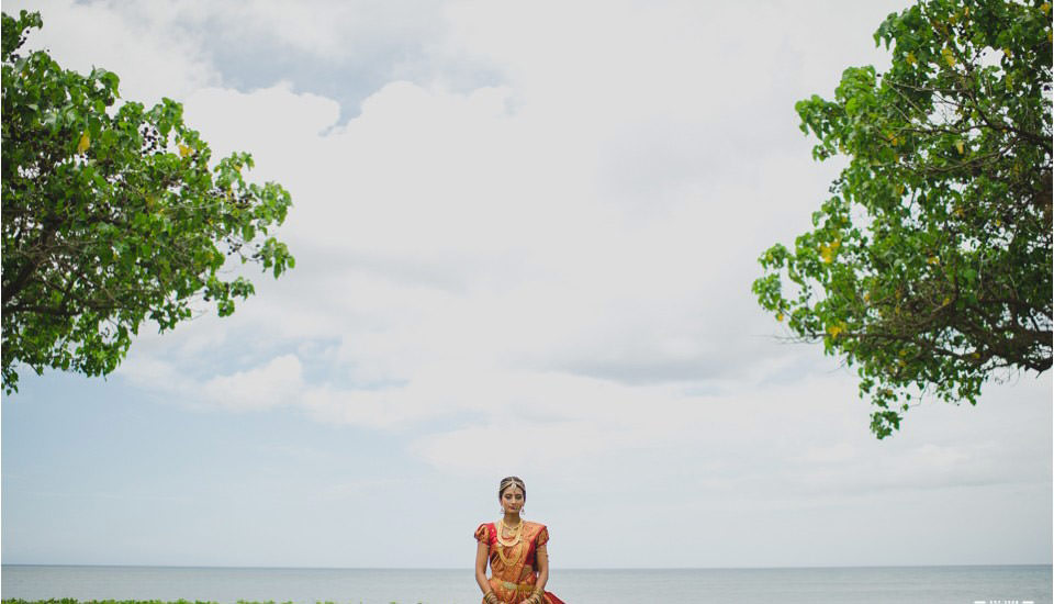 033_Hawaii_Indian_Destination_Wedding_bridal_portraits-960x550.jpg
