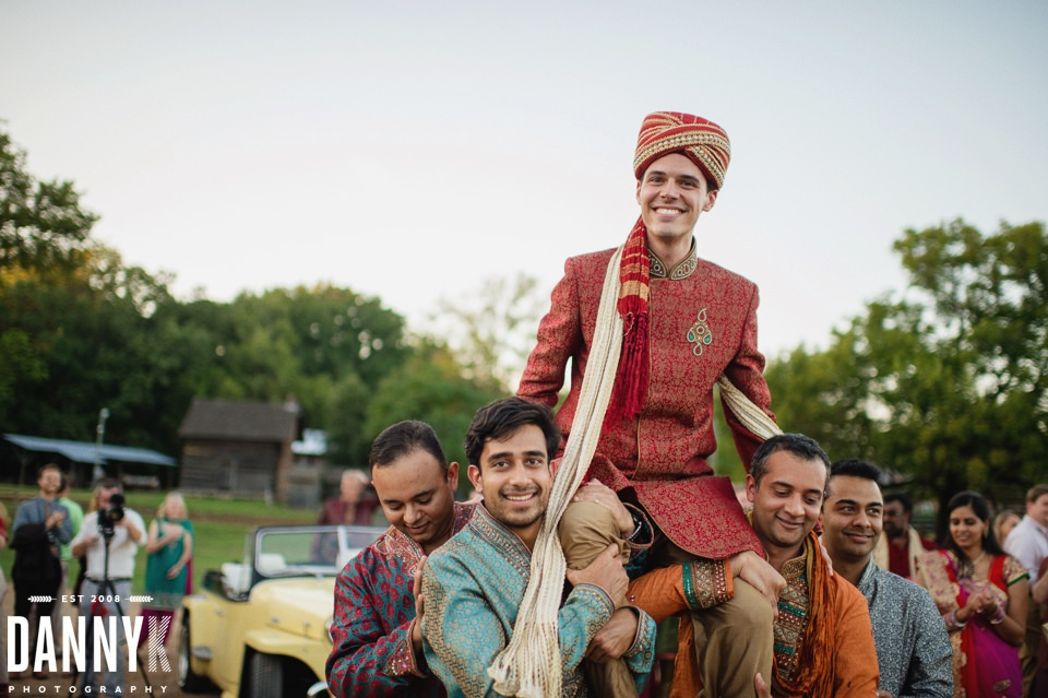 Indian_Garba_Mississippi_Wedding_Photographer_30.jpg