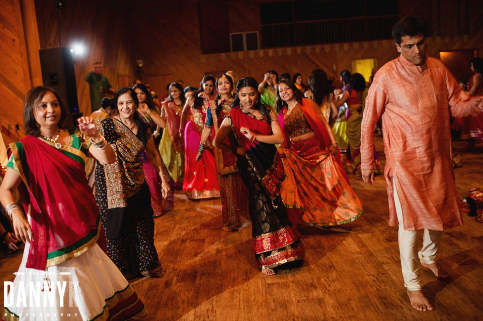 Indian_Garba_Mississippi_Wedding_Photographer_44.jpg