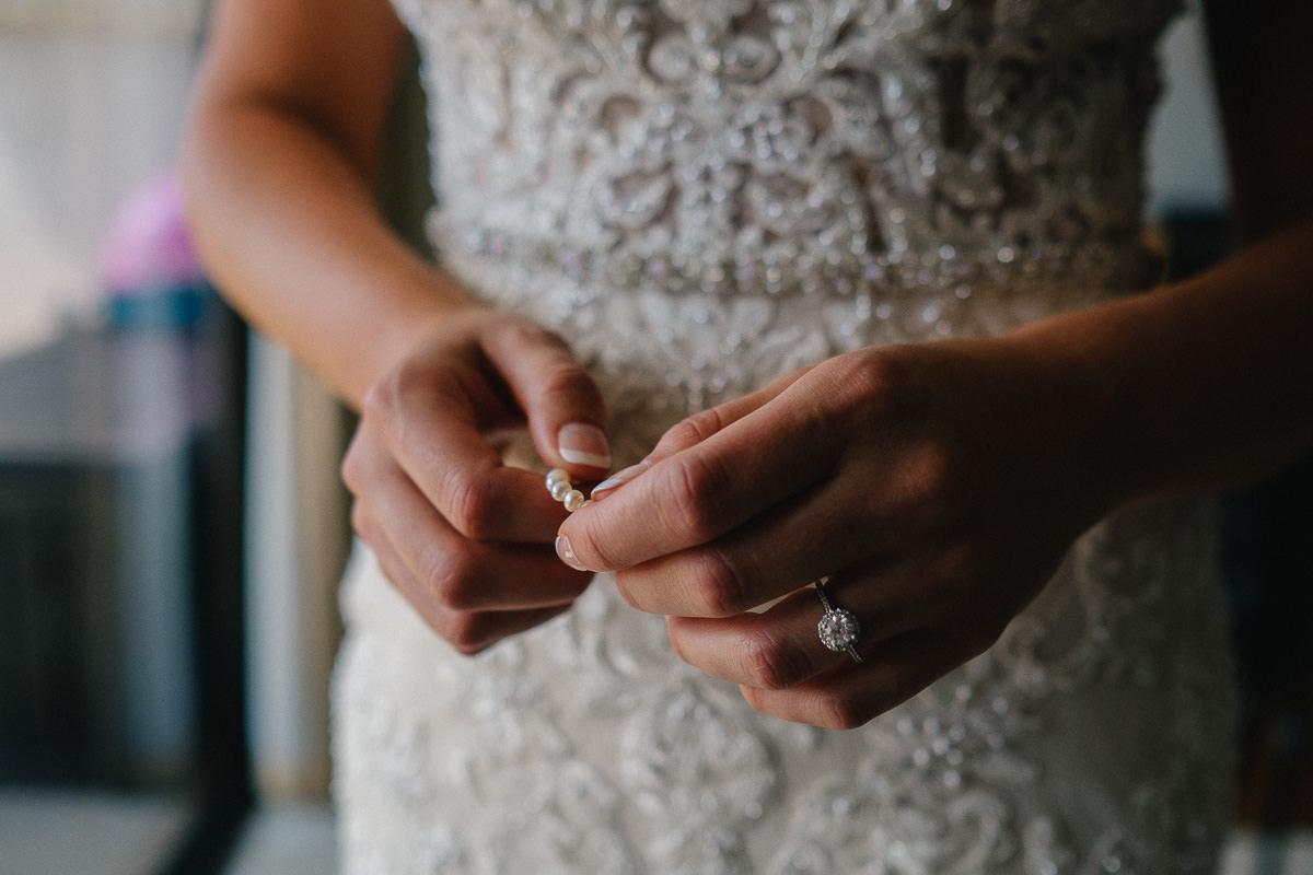 Honolulu_Hawaii_Elopement_Wedding_06.jpg