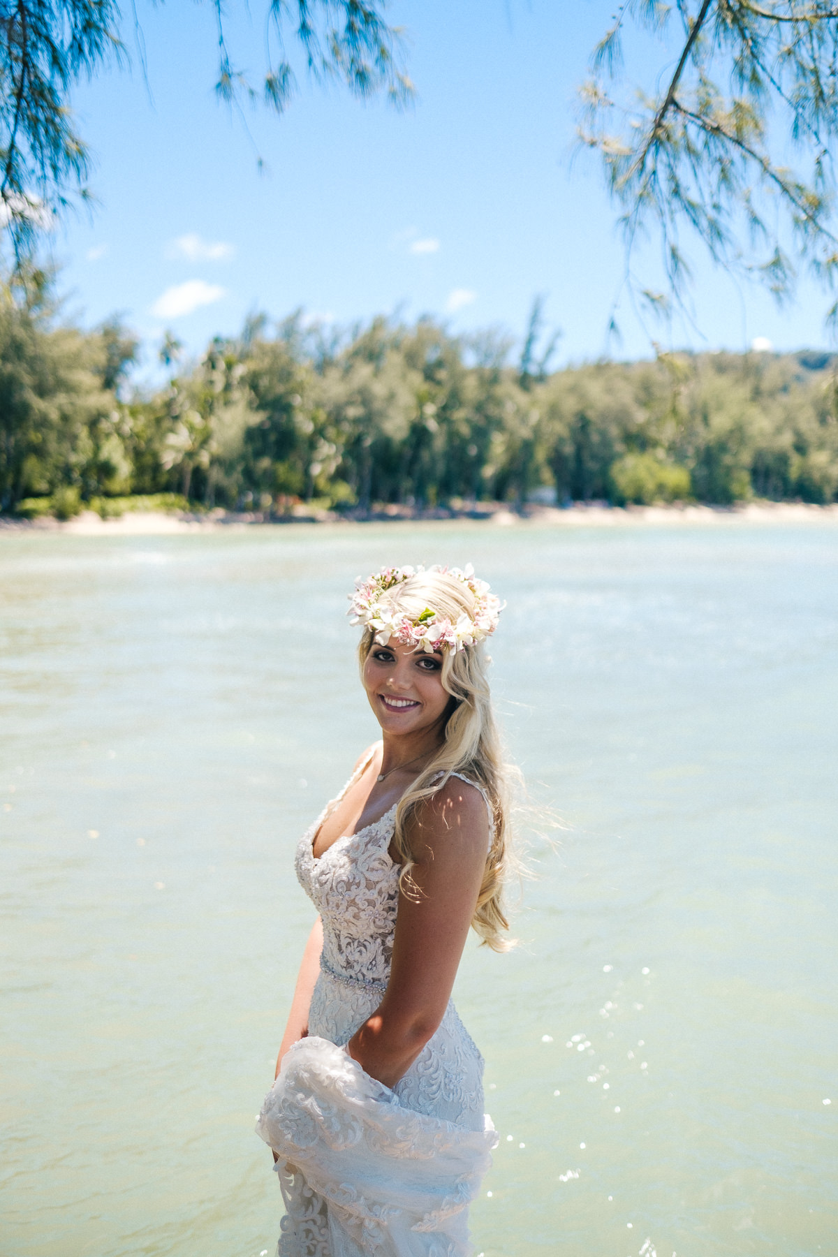 Honolulu_Hawaii_Elopement_Wedding_09.jpg