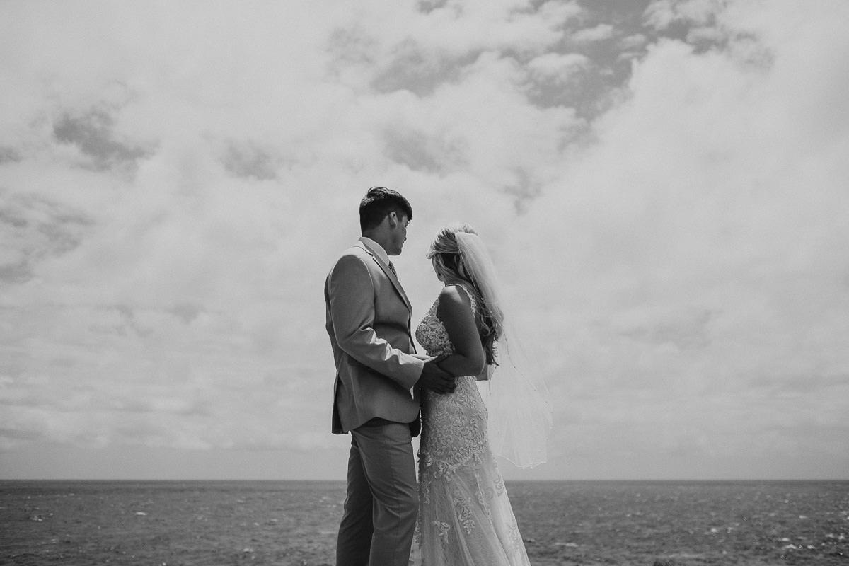 Honolulu_Hawaii_Elopement_Wedding_15.jpg