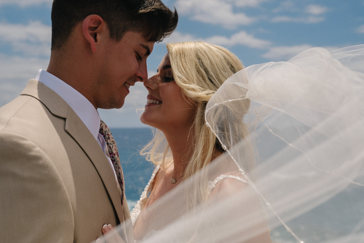 Honolulu_Hawaii_Elopement_Wedding_19.jpg
