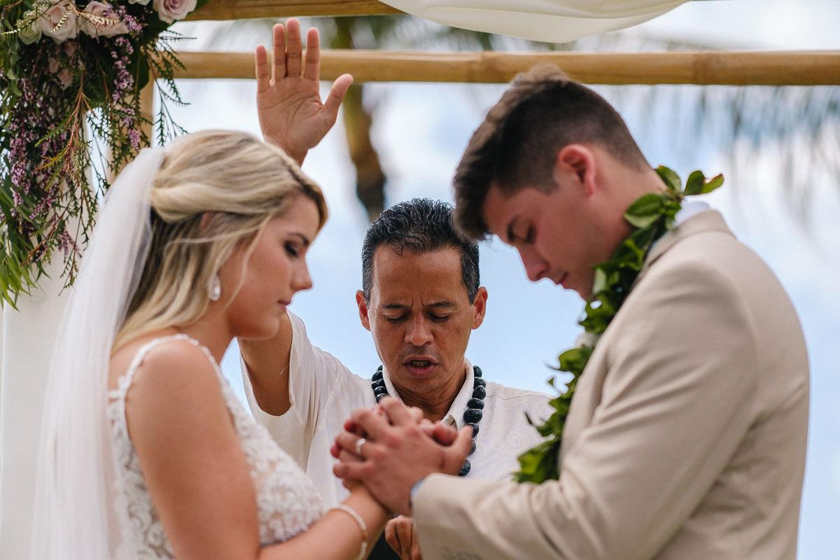 Honolulu_Hawaii_Elopement_Wedding_26.jpg