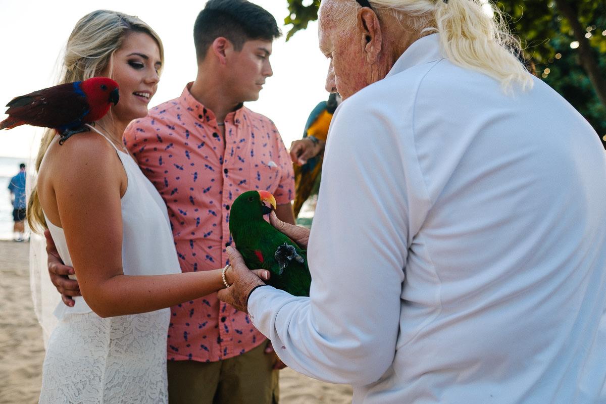 Honolulu_Hawaii_Elopement_Wedding_27.jpg