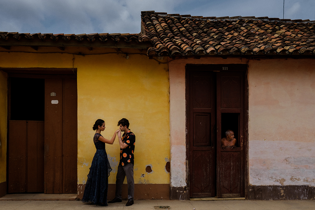 24_trinidad_Cuba_engagement_photographer.JPG