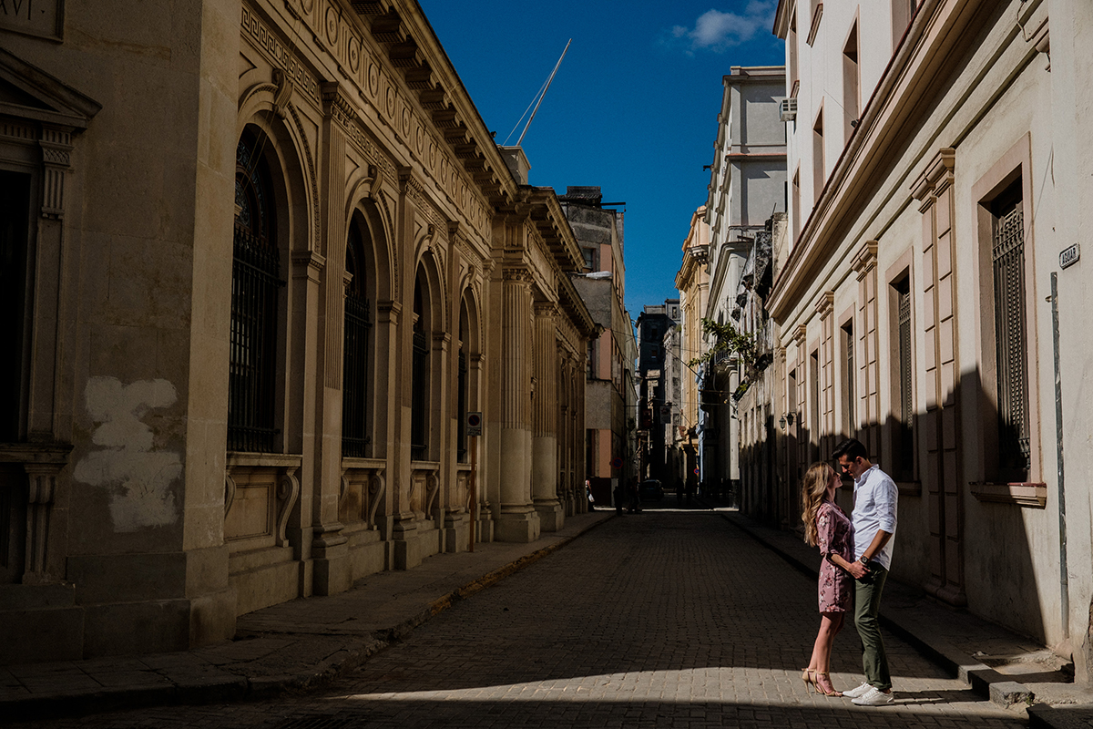 29_havana_Cuba_engagement_photographer.JPG