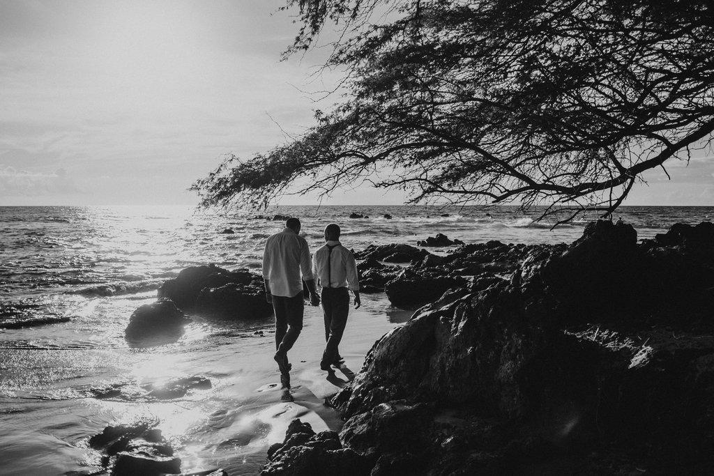 Same_Sex_Maui_Hawaii_Destination_Wedding_24.jpg