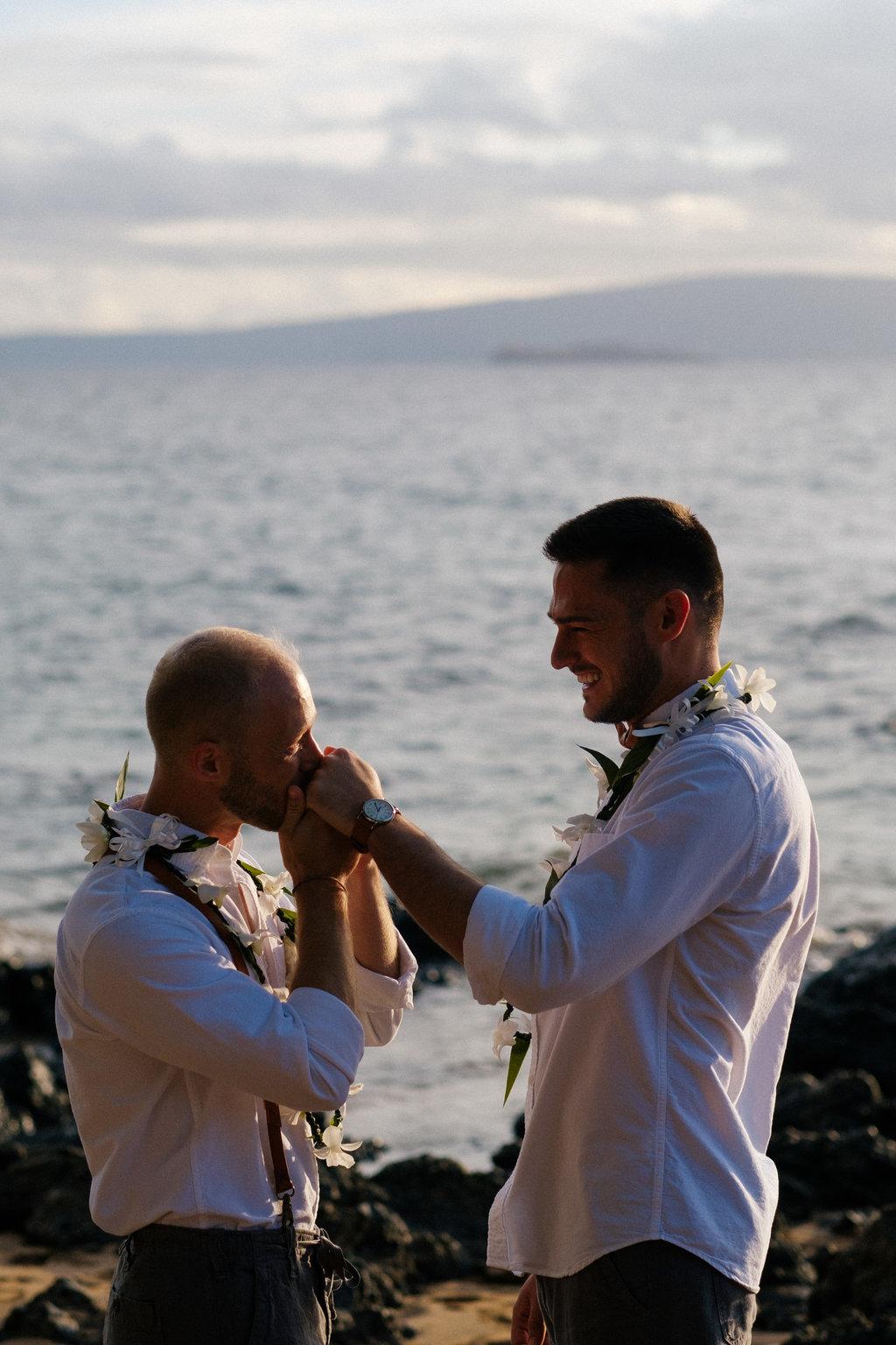 Same_Sex_Maui_Hawaii_Destination_Wedding_31.jpg