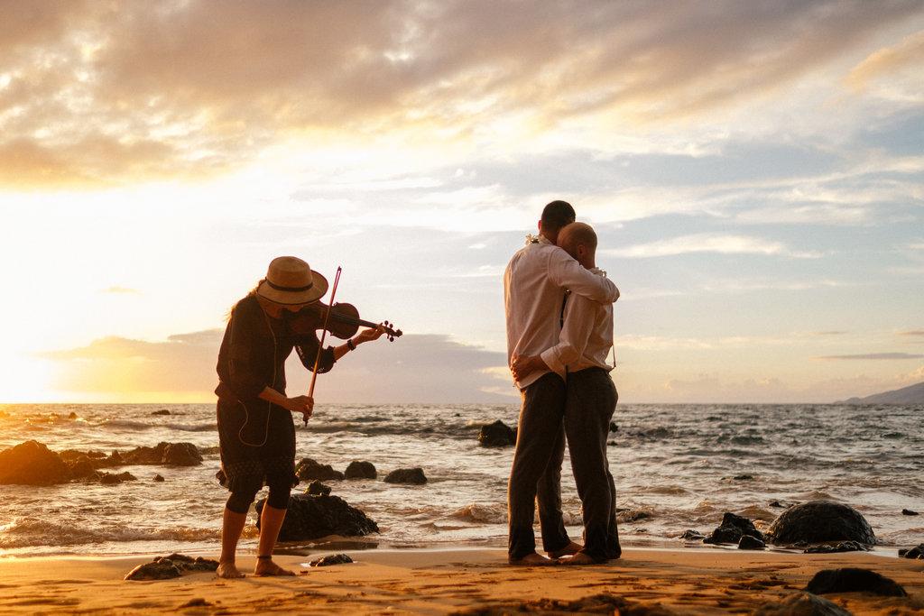 Same_Sex_Maui_Hawaii_Destination_Wedding_37.jpg