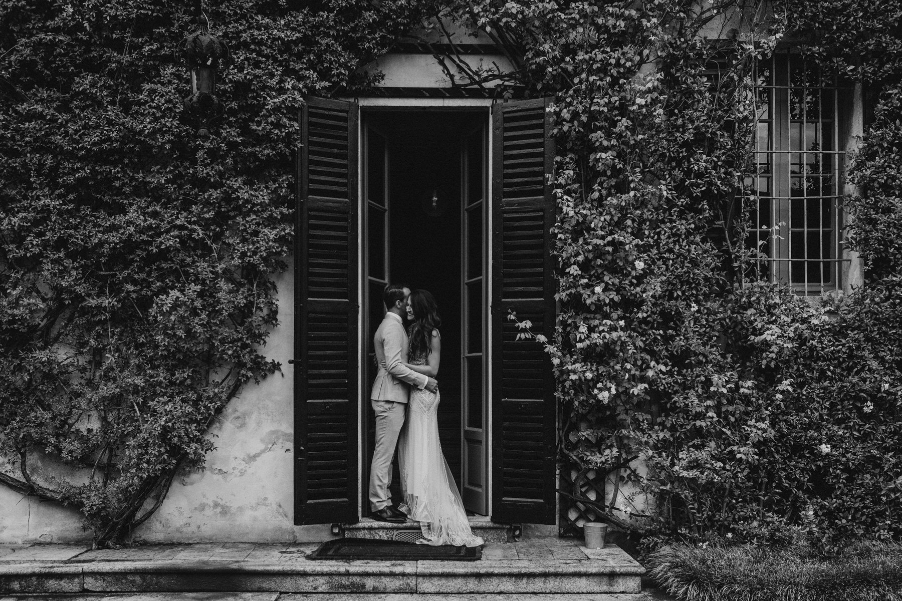 Lake_Como_Destination_Wedding_Photographer_042.jpg