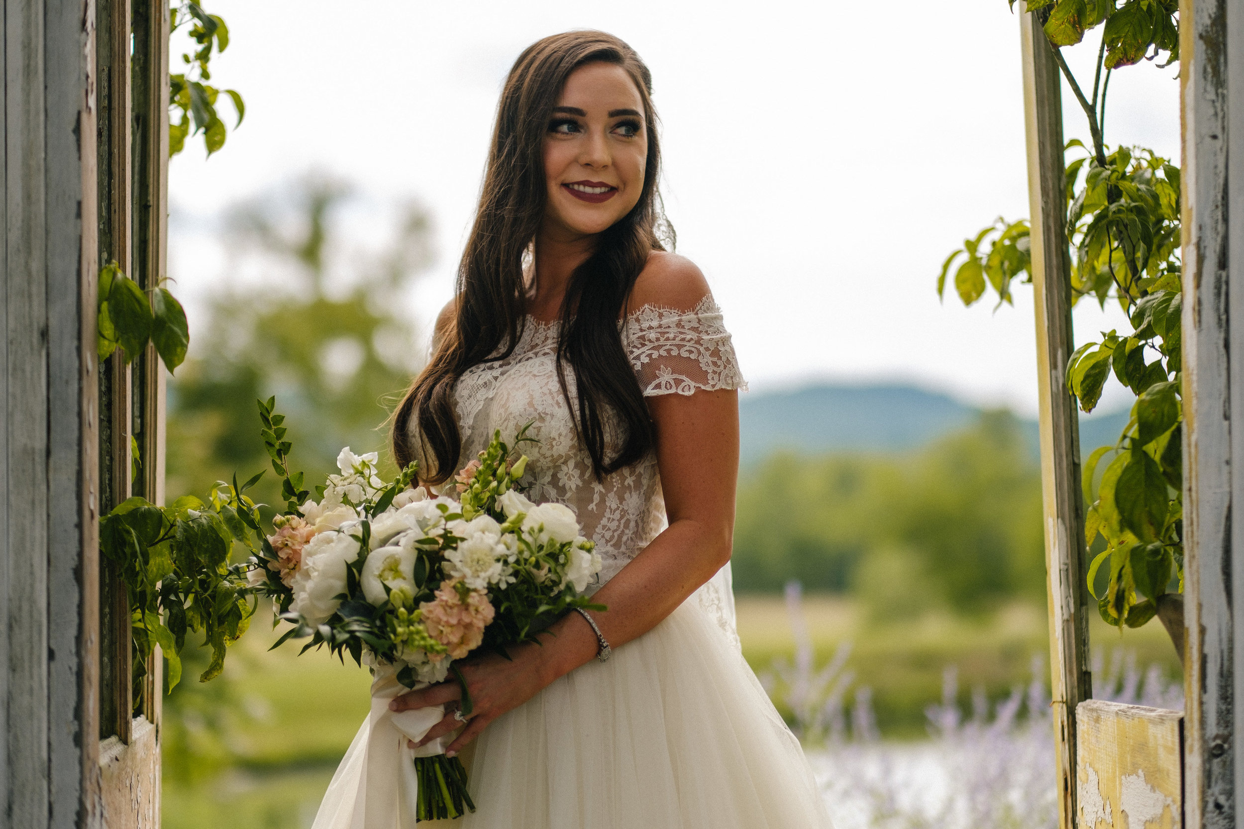 Nashville_Wedding_Photography_Mint_Springs_37.jpg