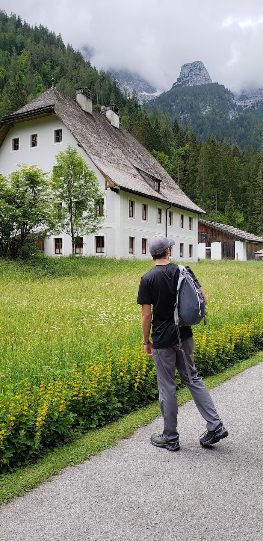 5 Mowed edge in Austria 2018 cues of care by Patrick Ceska 2.jpg