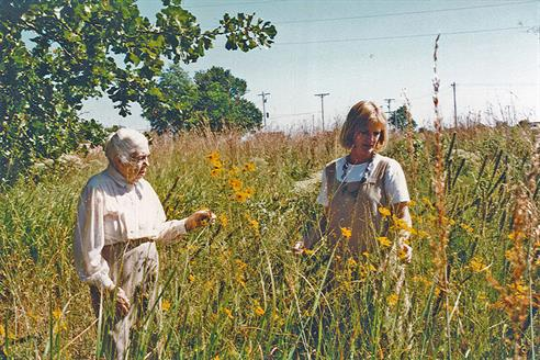 Anna Mae Searles and Ellen Turner at Searles Prairie in the 1990s. Photo: Neil Compton.
