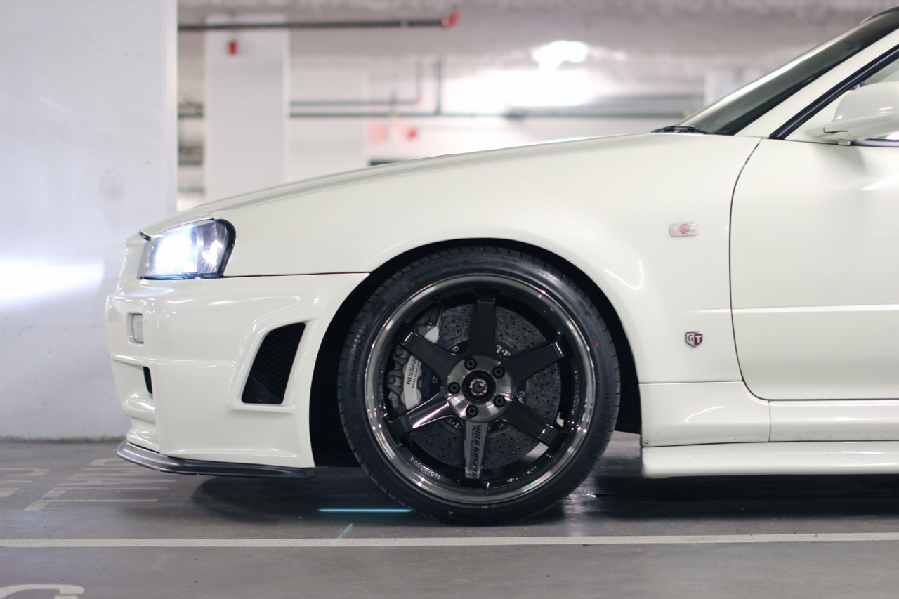 """This is by far my favourite upgrade on this car and I believe it brings out spirit of this build. I've fitted the R35 Spec V Brembo carbon ceramic brakes with 390mm front/380mm rear rotors. They are fitted under 19"""" TE37SL with Ohlins DFV coilover. This combination significantly updates the V-spec2 to become comparable to any modern sports car."""