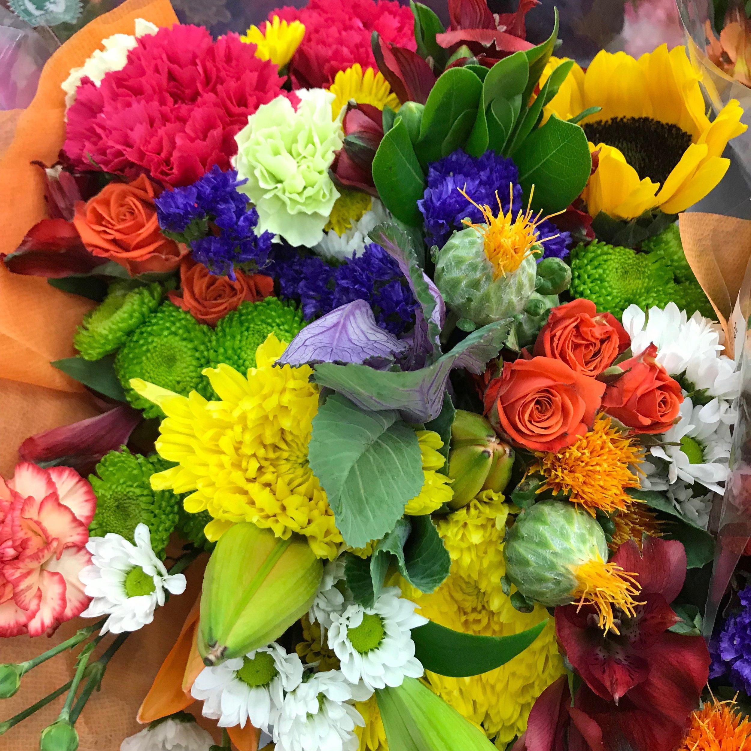 Spring Jumbo Bouquets 16 98 Sam S Simple Savings