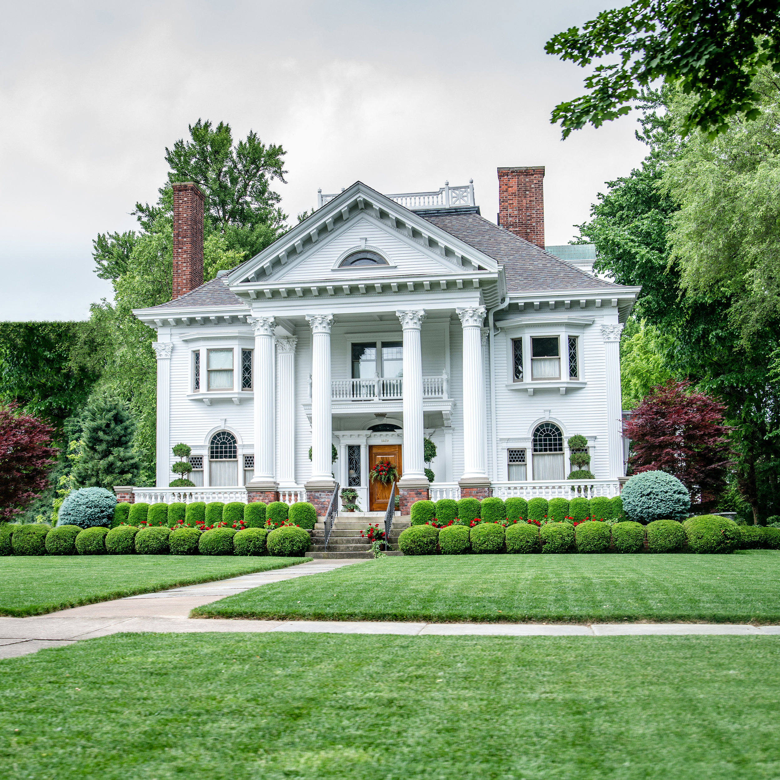 Americana_historictown_sandusky_ohio_jbogerphotography (4).jpg