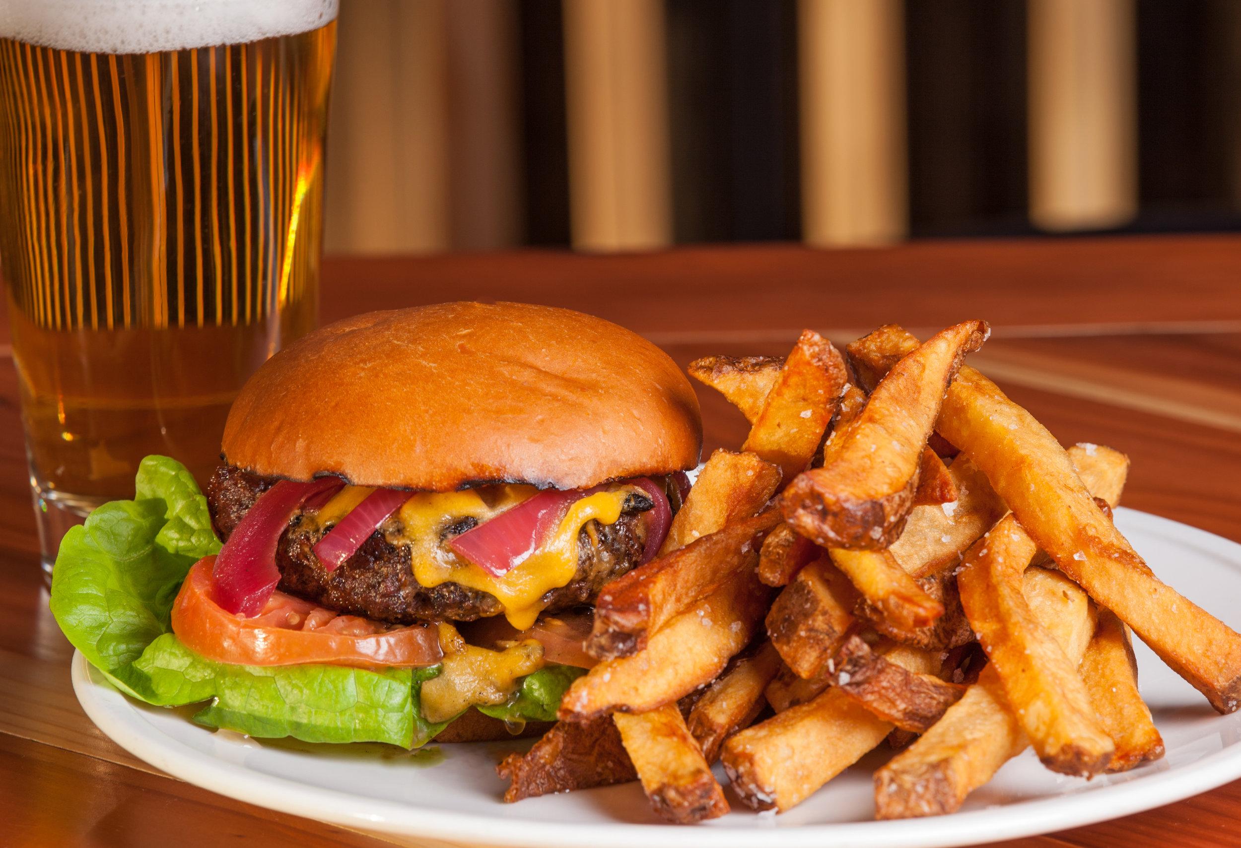 20160201_Barley Hound Burger-42.jpg