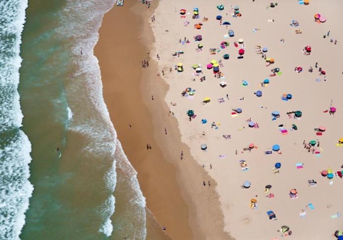 lisbon-horizontal-beach-with-waves-aerial-maison-gray-700x490.jpg