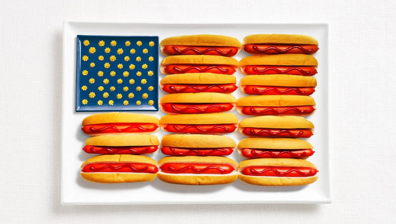 united-states-flag-made-from-food.jpg