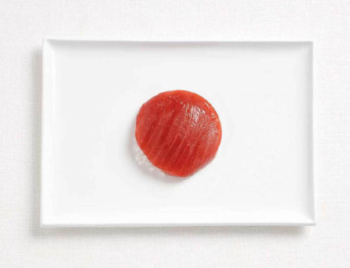 japan-flag-made-from-food-700x536.jpg