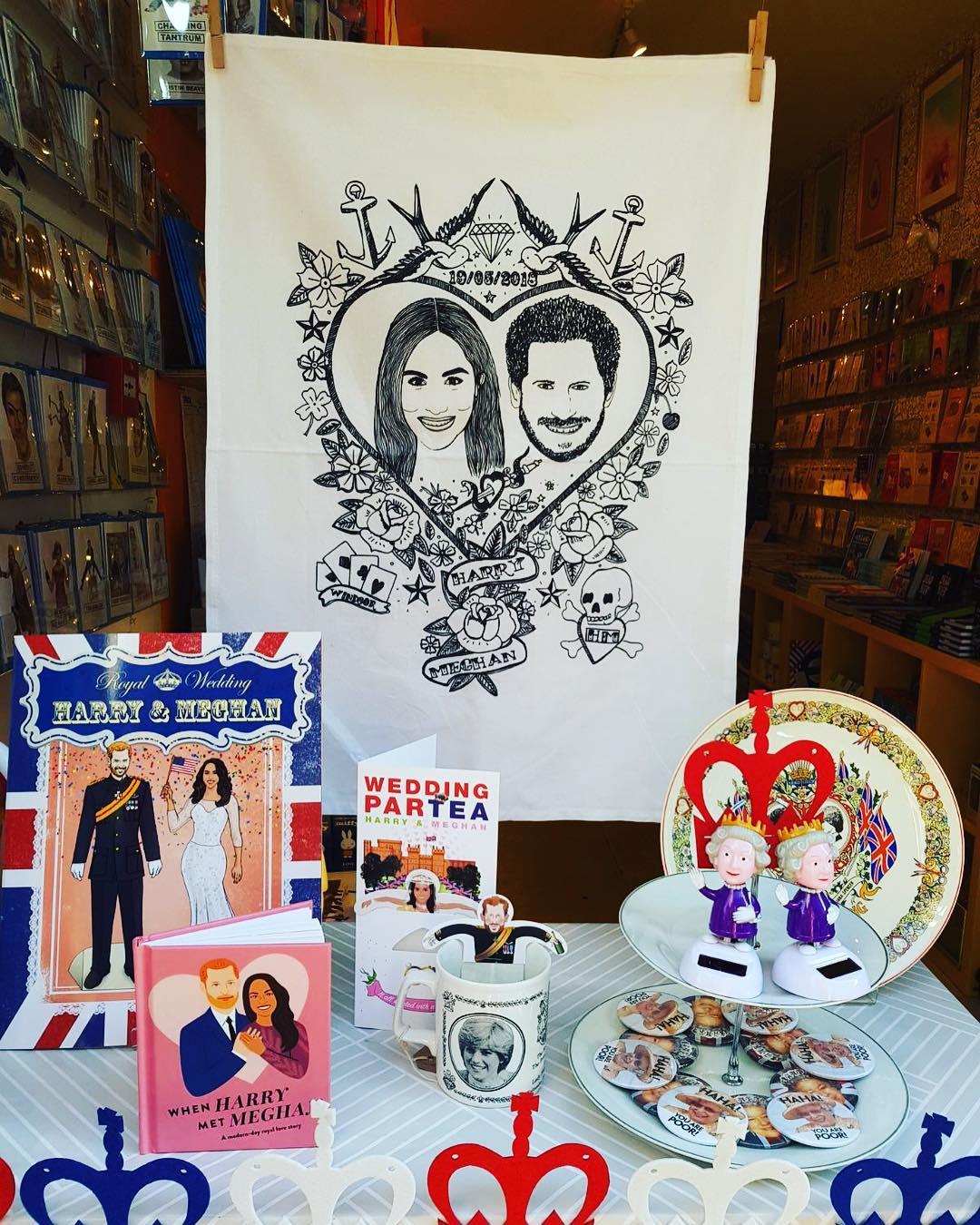 harry-meghan-window-display-maiden-shoreditch-royal-wedding