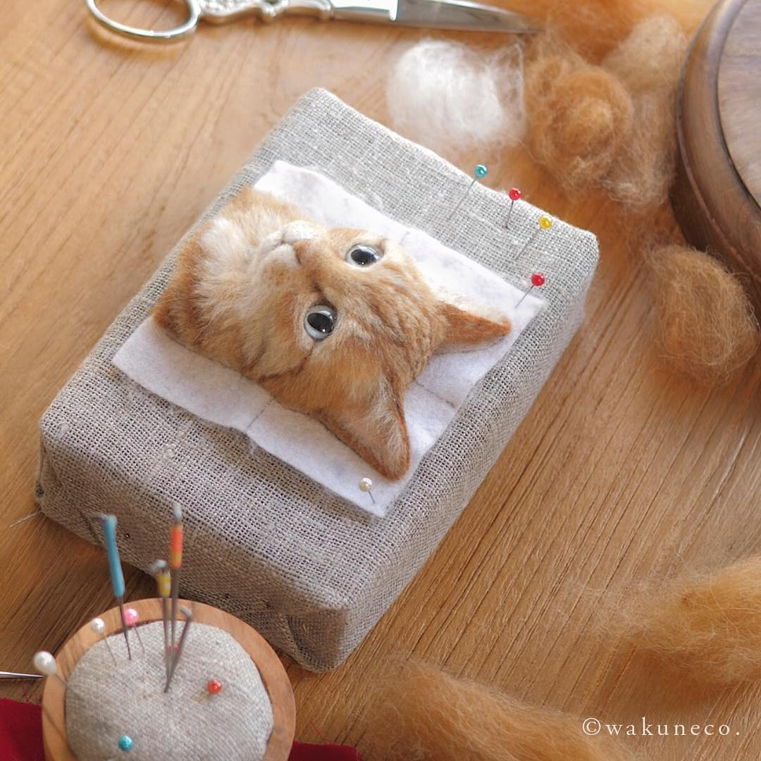 ginger cat pin cushion.jpg