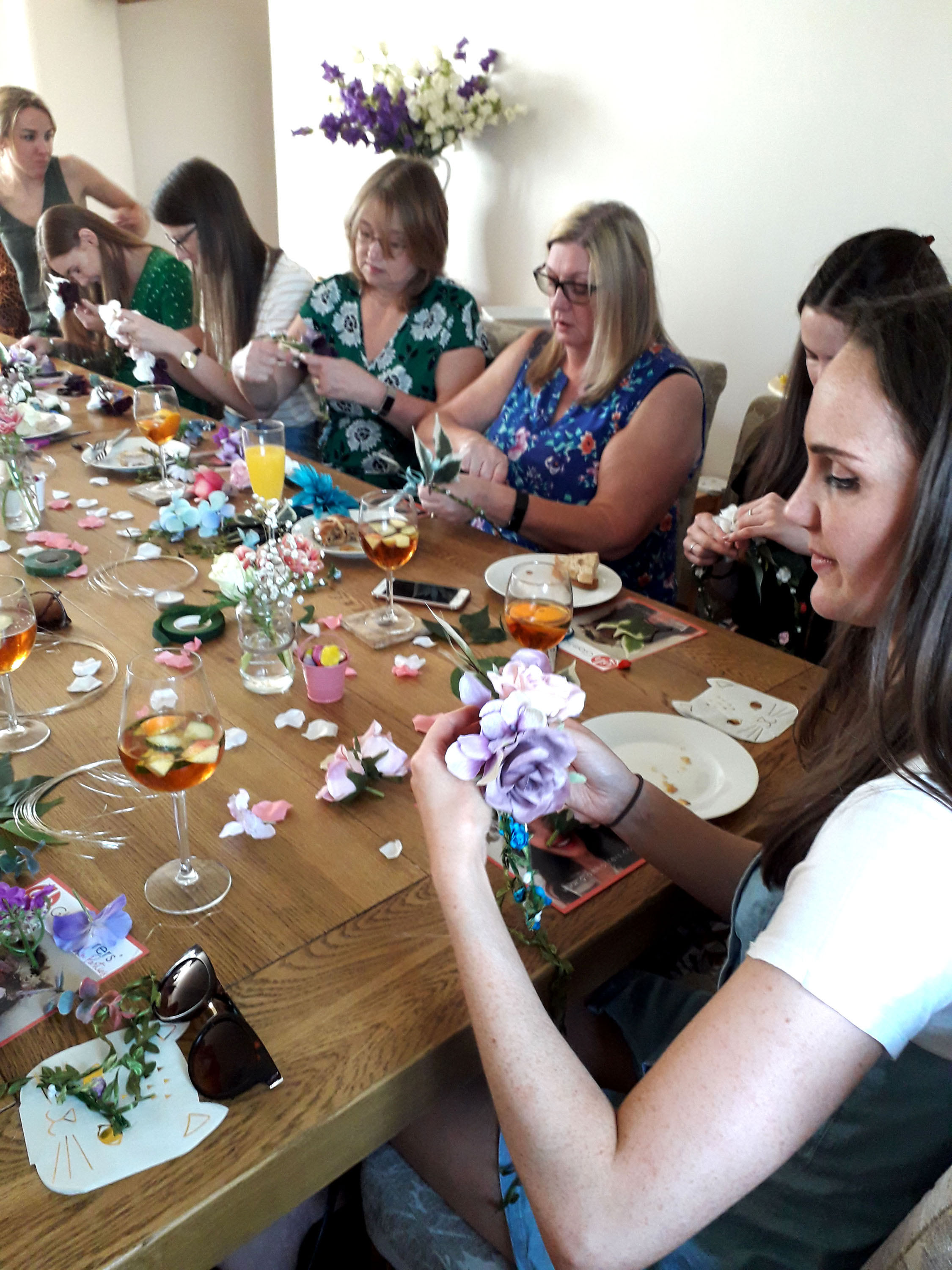 creative hen party, flower crowns workshop