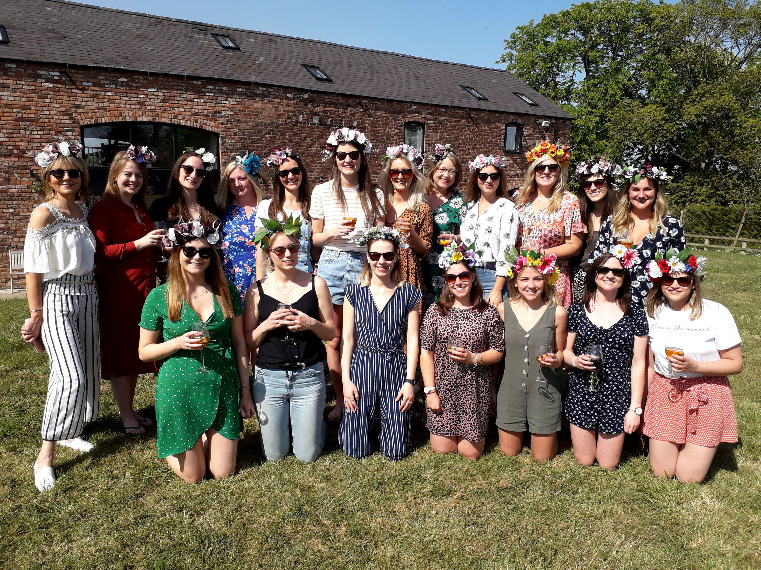 crafty hen party flower crowns workshop